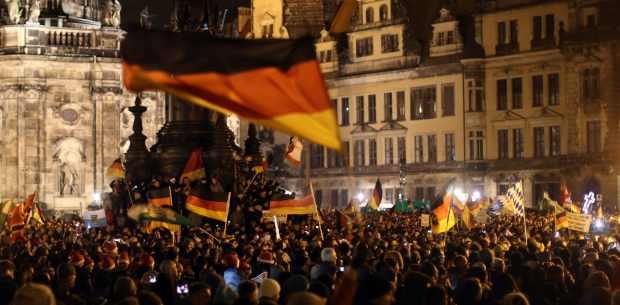 Pegidademonstration in Dresden © Kay Nietfeld | dpa