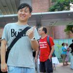 Kris Cheng ist auch nach stundenlanger Arbeit immer noch gut gelaunt.