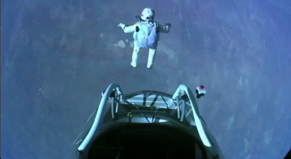 felix-baumgartner-supersonic-freefall-leap