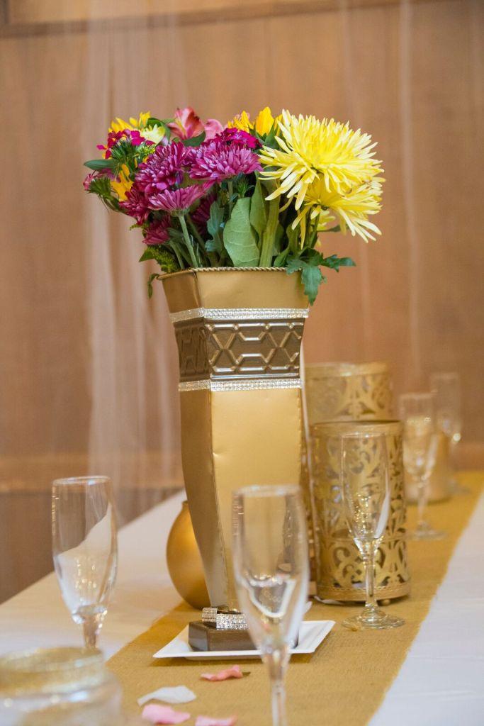 spirit pittsburgh pa wedding vase and glasses photo