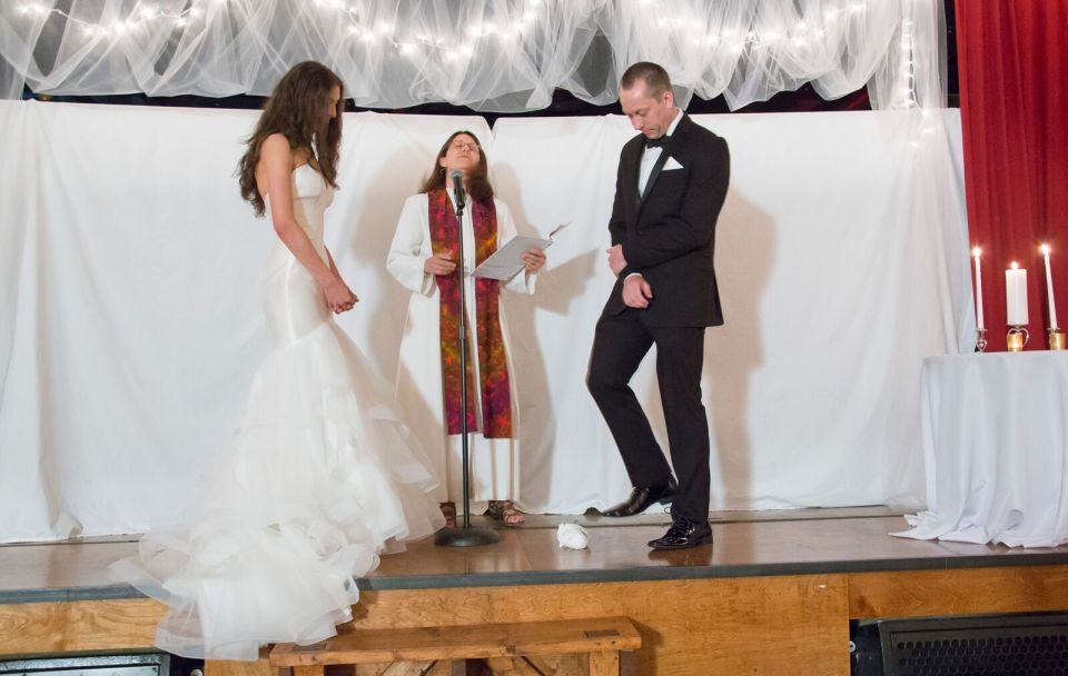 spirit pittsburgh pa wedding at the altar photo