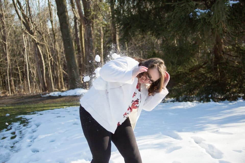 Woman gets hit by snowball during Robin HIll Park engagement session