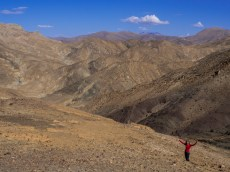 Charlotte in the wilderness of the Tibetan Plateau