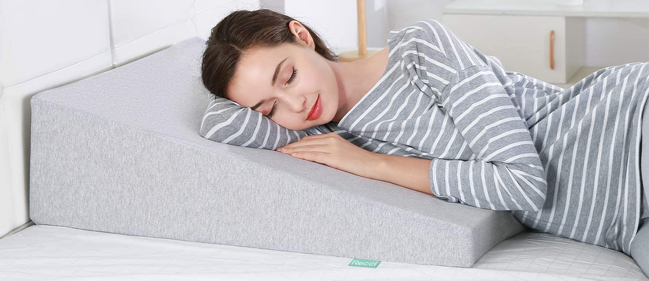 how to use a wedge pillow benefits