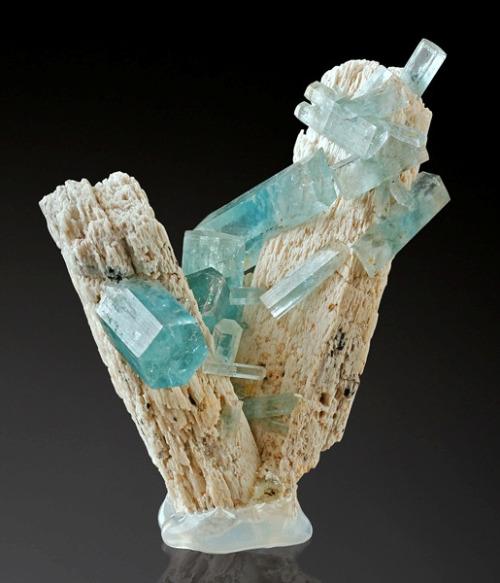 Light Blue Gems Minerals Pretty Rocks Matthew S Island