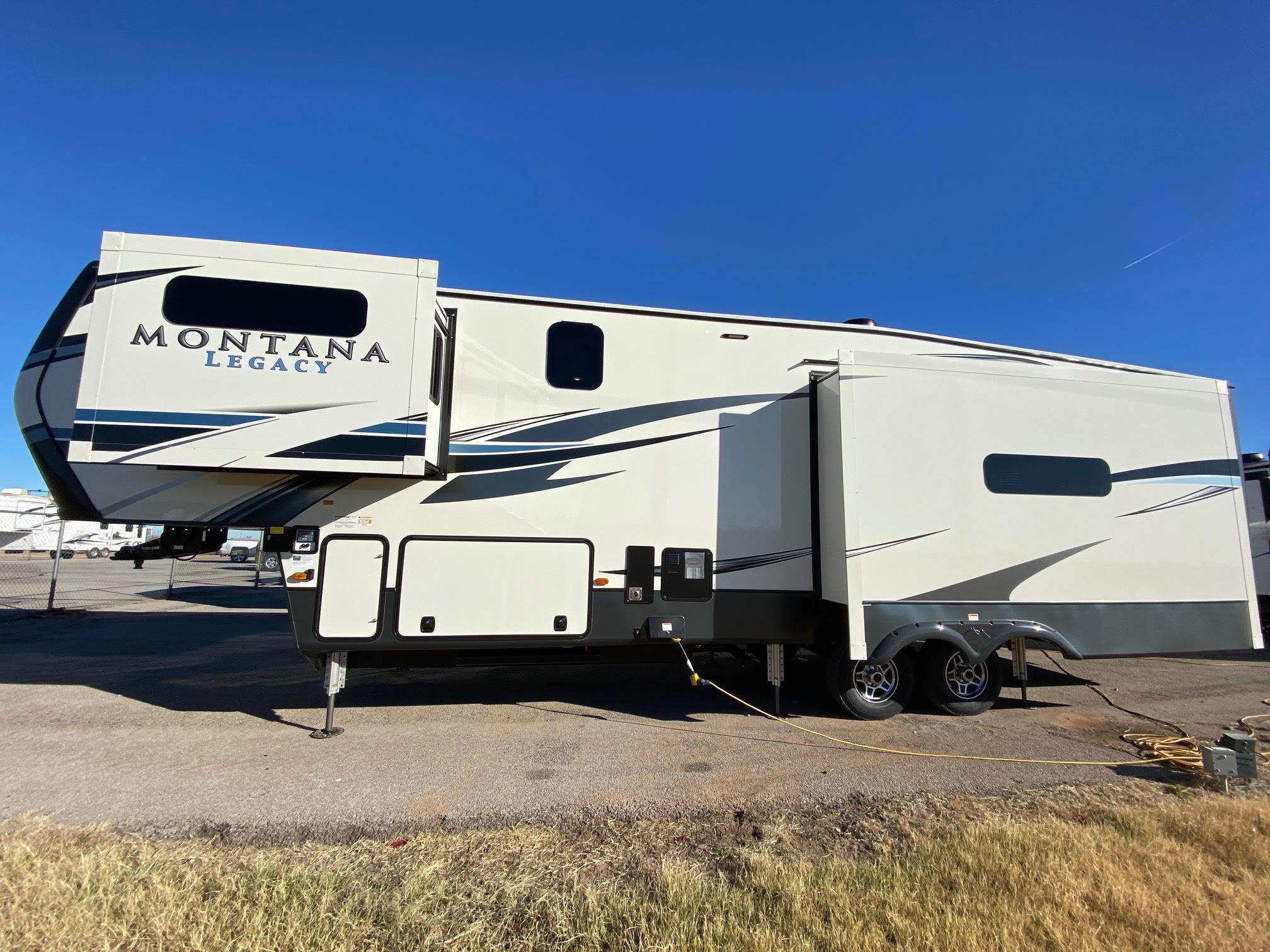 2021 Montana 3231CK Legacy