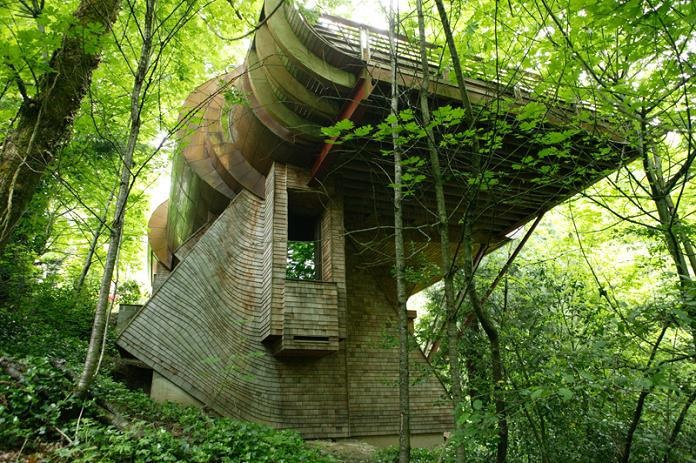 The blog Higher Learning has a great post of amazing tree houses.