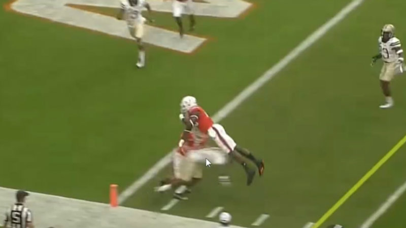 The Rookie Scouting Report Boiler Room uses game tape to determine Clevland Brown TE David Njoku's (Miami) Skills & NFL Draft Stock