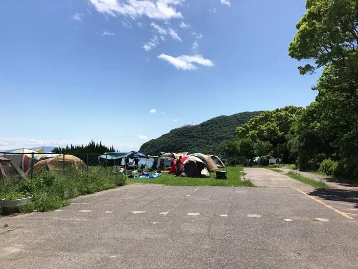 丸山県民サンビーチキャンプ場の入口