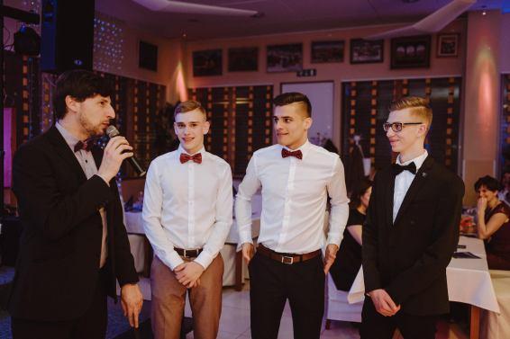 20180308-Maturantski-Ples-Računalniška-Šola-R4A-Galaksija-2580
