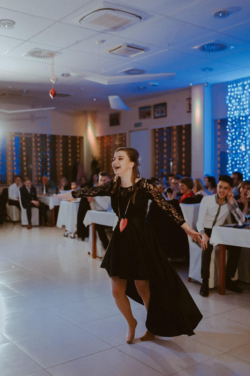 20190207 Maturantski Ples Zdravstvena šola Z4B 2093