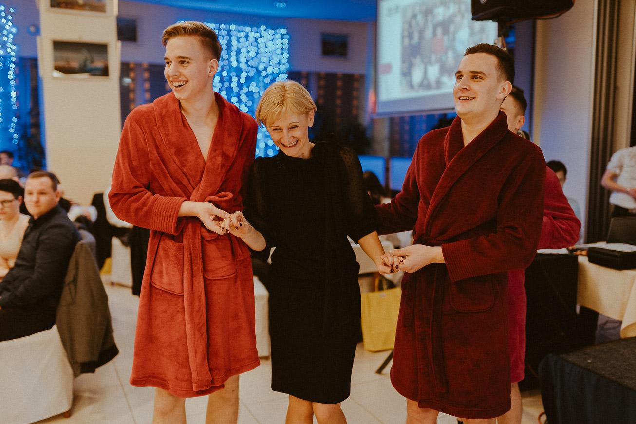 20190207 Maturantski Ples Zdravstvena šola Z4B 1675