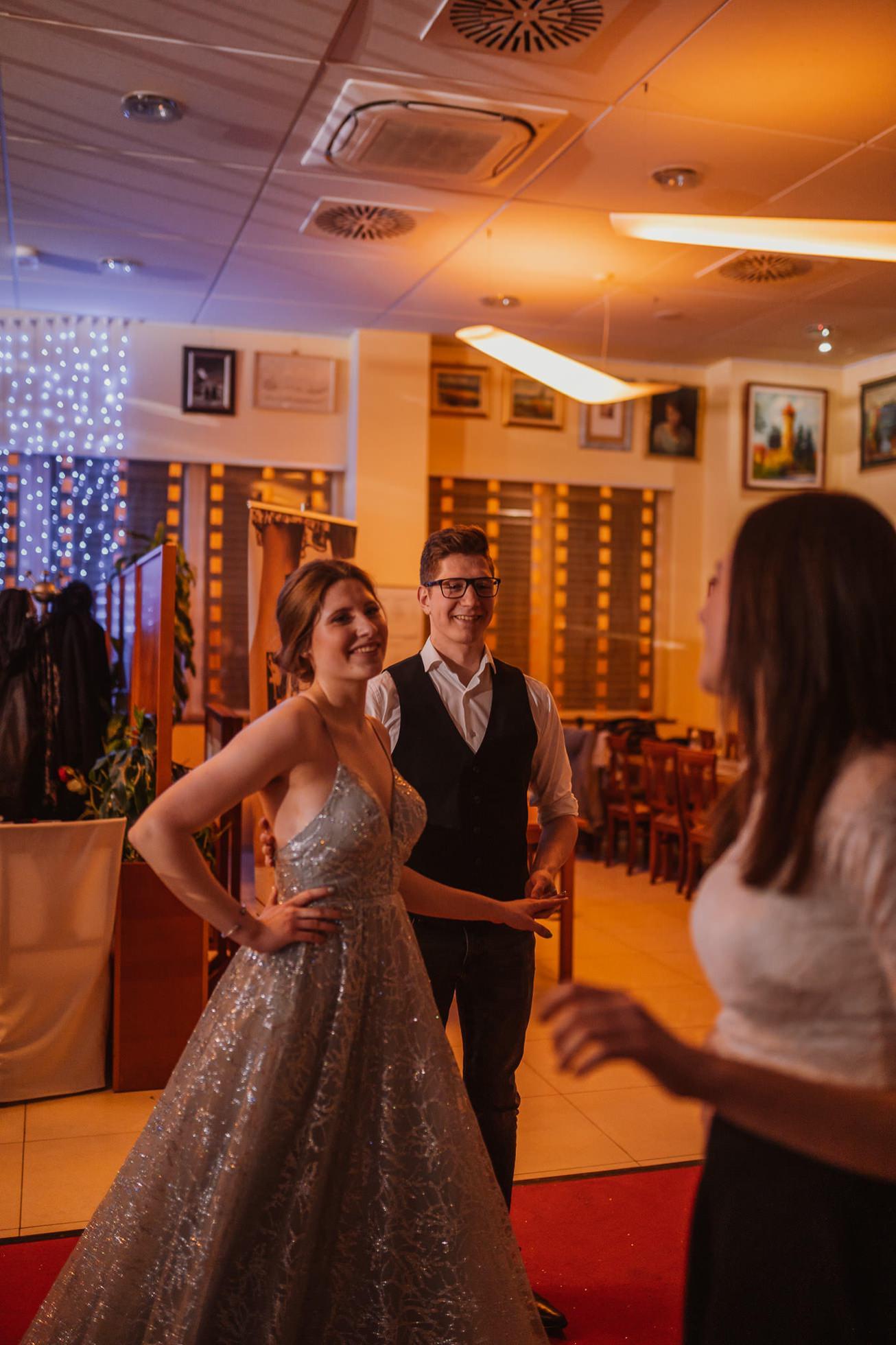 Gospodarsko razstavisce Ljubljana fotograf maturantski ples 89