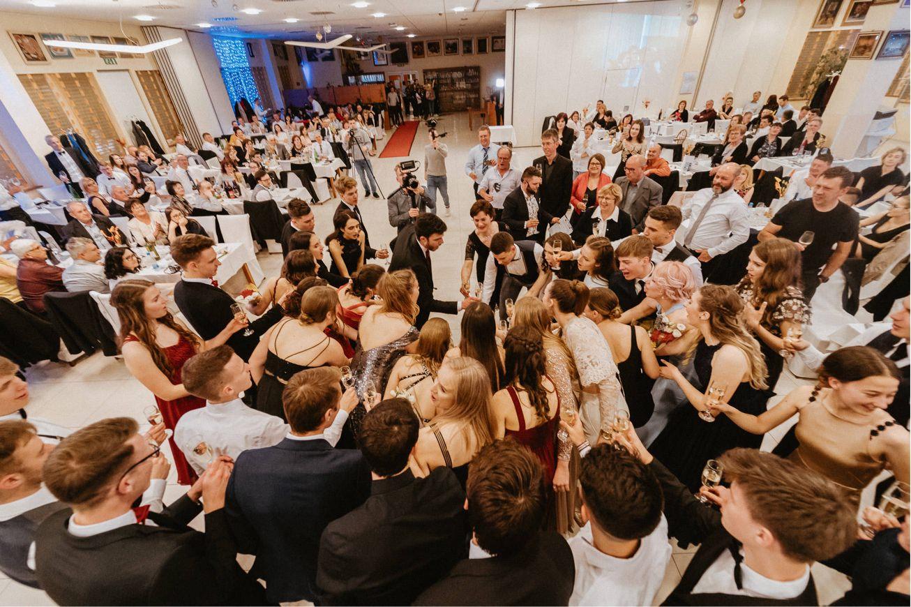 Hotel Dolenjc Maturantski ples fotograf 135
