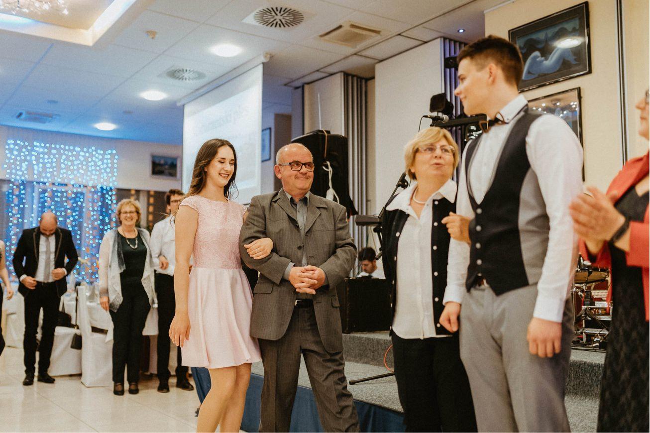 Hotel Dolenjc Maturantski ples fotograf 50