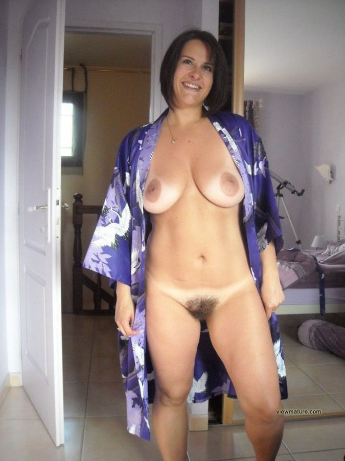 Mature Bathrobe Nude - Hot Girls Wallpaper