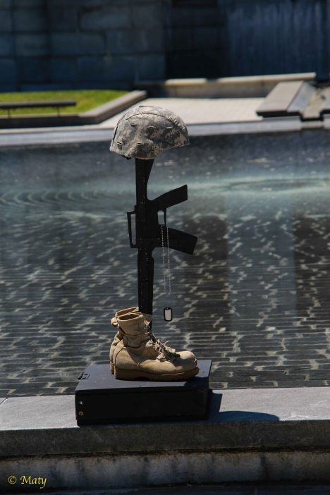 Memorial to the Fallen Soldier