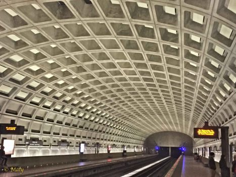 Inside of the Clarendon Metro Station