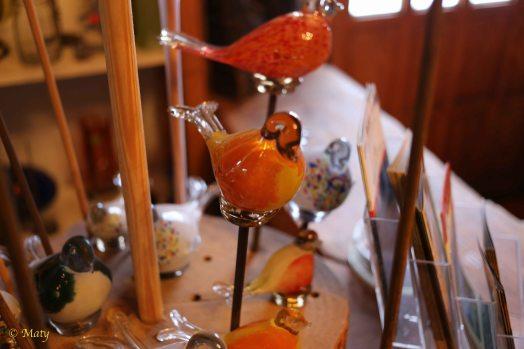 ....more glass birds....