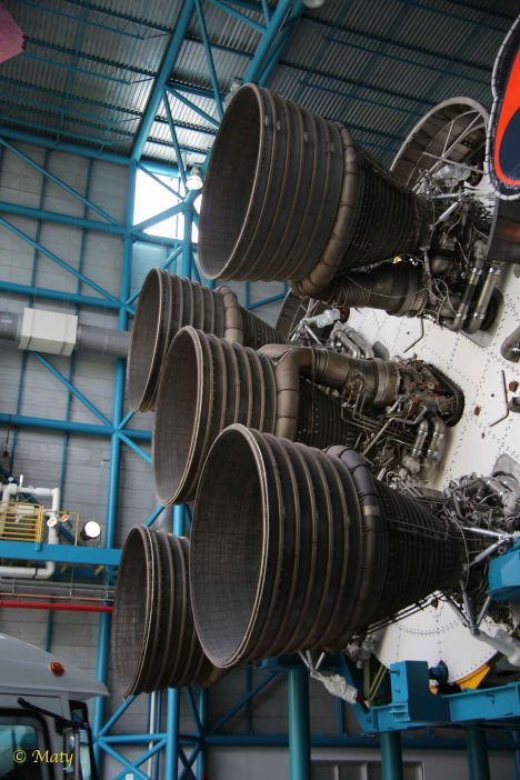 Saturn 5 and main engines