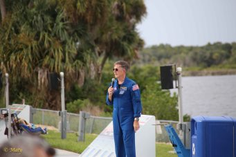 Astronaut explains the preparations for this evening launch