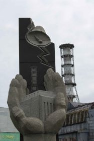 reactor 4 and the monument