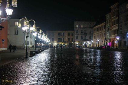 Night time stroll in Krakow - little rain