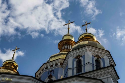 Closeup of the golden domes
