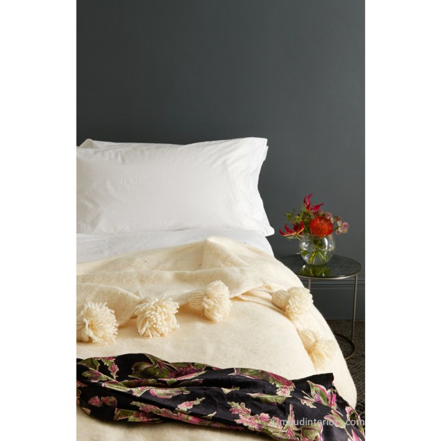 Maud-interiors-Natural-Pom-Pom-Blanket