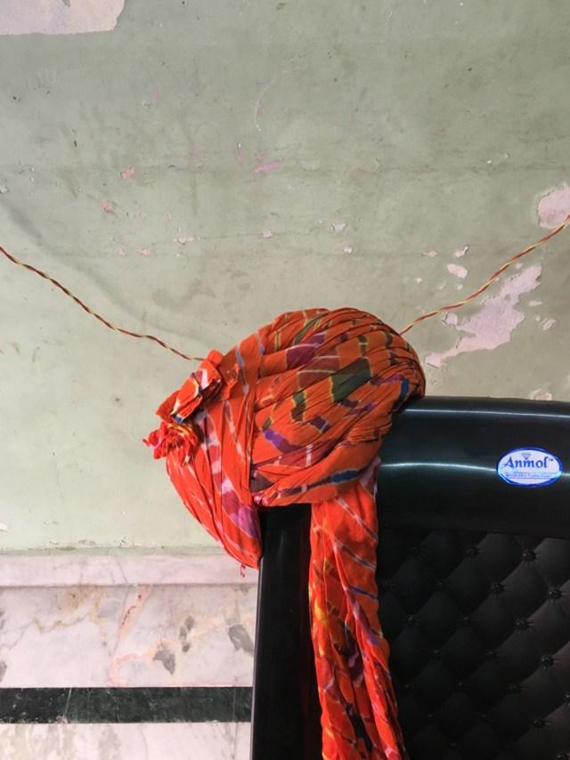 tie dyed turban jaipur maud interiors