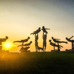 Maui Acro Yoga and Circus Play Community
