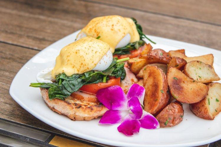 Castaway Cafe Kaanapali Maui Restaurant
