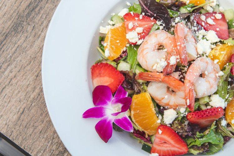 Happy Hour Castaway Cafe Maui