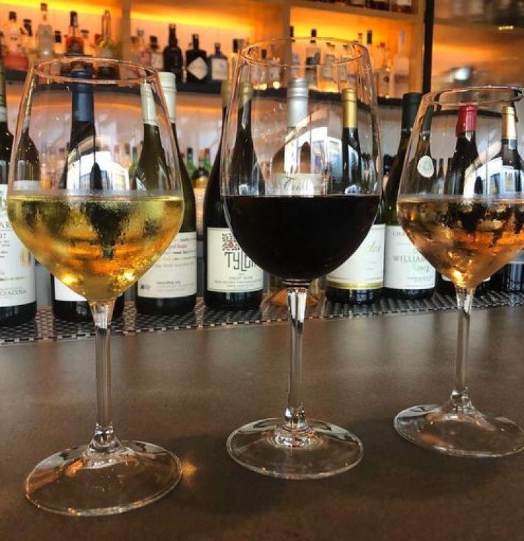 happy hour wine specials - lineage wailea