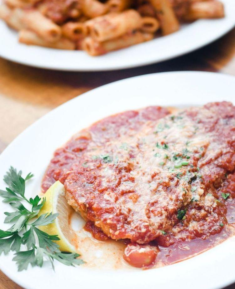 longhis wailea chicken parmesan - maui happy hours