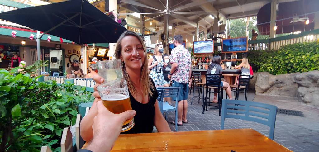 Kayla and Russell of Maui Happy Hours Cheers at Down the Hatch Maui
