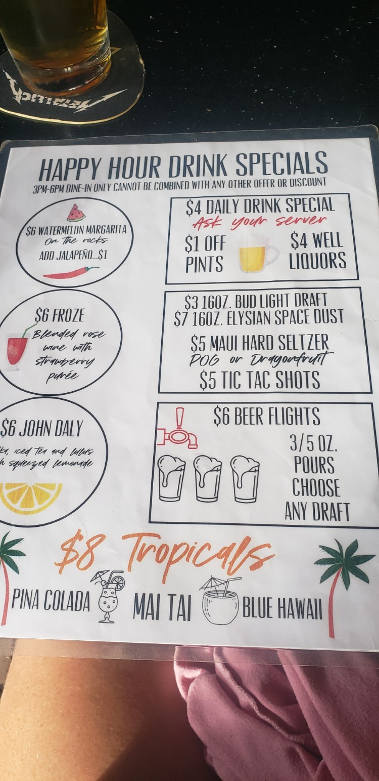 Happy hour drink specials at cool cat cafe maui