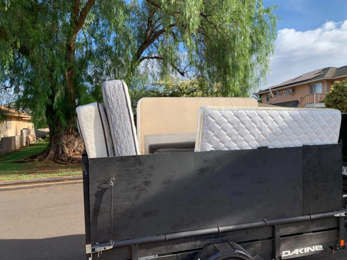 contact maui hauling services