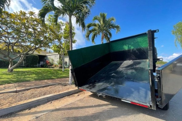 maui dump truck delivery