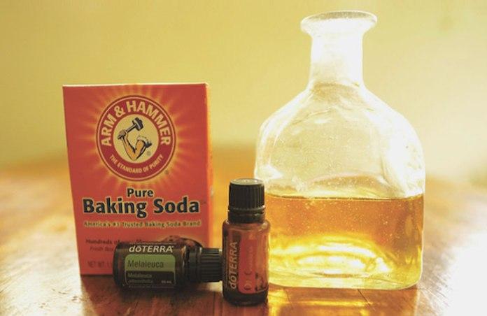 DIY cleaning essential oils