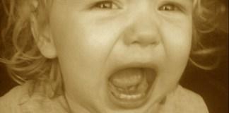 tantrum solutions child behavior