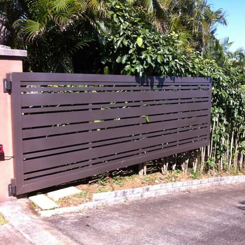 Slated Gate in Silver Bronze Hammertone #E2220001