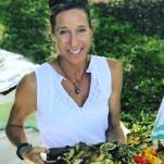 Chef_Maja_Serving_Food
