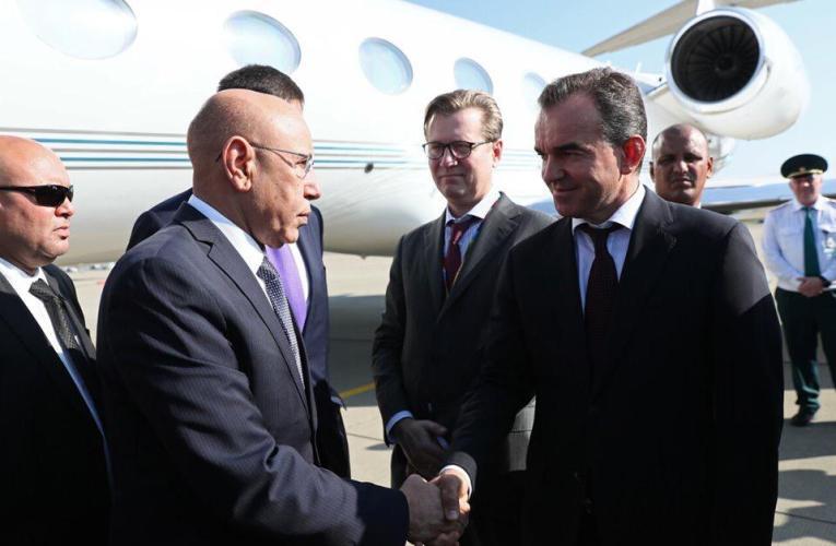 """غزواني يصل """"سوتشي"""" على متن طائرة خاصة (صور)"""
