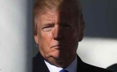 عاجل عزل الرئيس الامريكي ترامب