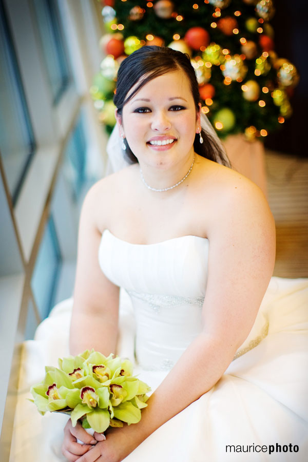 Wedding Pictures at the Pan Pacific Hotel Seattle