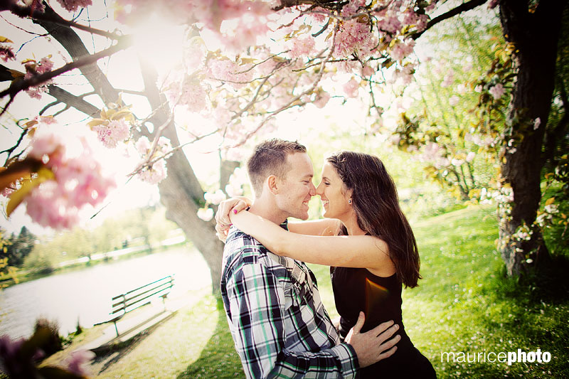 Engagement Portraits at Greenlake.