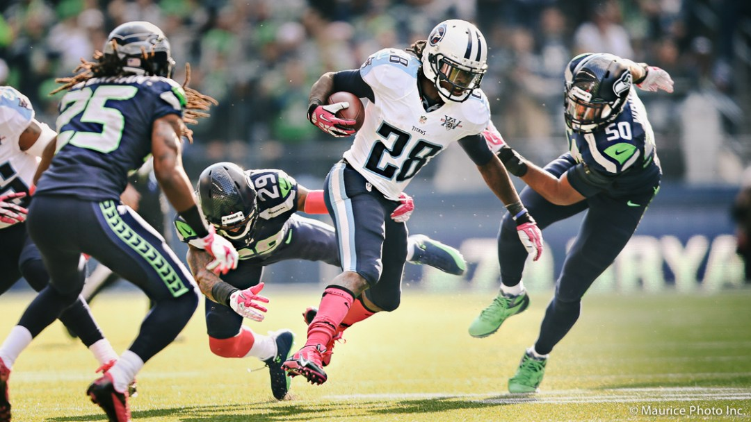 Chris Johnson runs the ball against the Seattle Seahawks