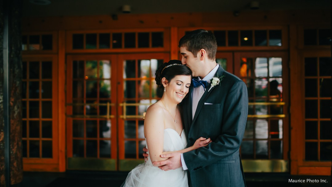 Rainy Day wedding photos at the Edgewater Hotel in Seattle.