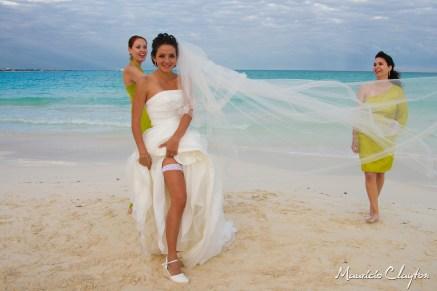 #wedding #gorgeous #bride #mayan riviera @claytoncancun #fairprices #weddingphotography